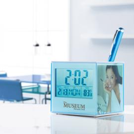 Porta canetas em ABS em forma de cubo com relógio, termómetro e moldura