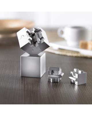 Puzzle 3D puzzle composto de peças metálicas magnéticas