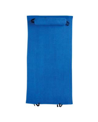 Toalha de praia com almofada. Realizada em algodão de 350g/m2.
