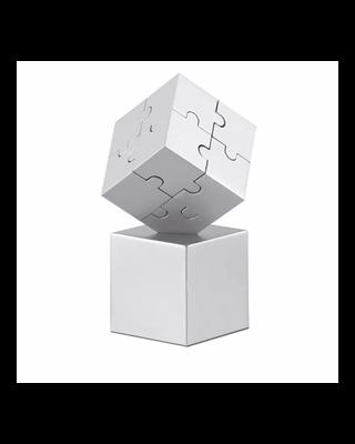 Puzzle 3D metálico e magnético